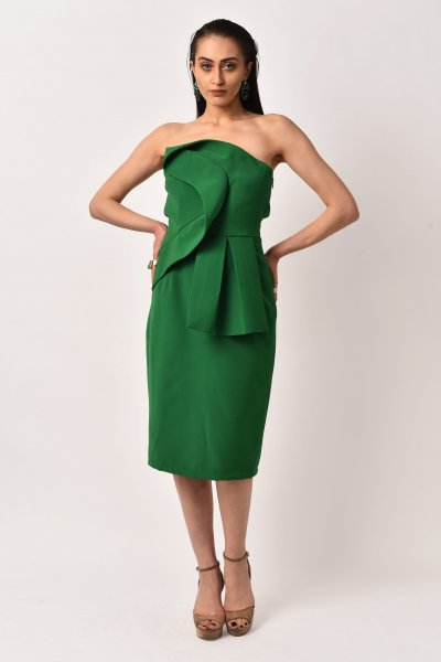 STRAPLESS DRAPED GREEN DRESS